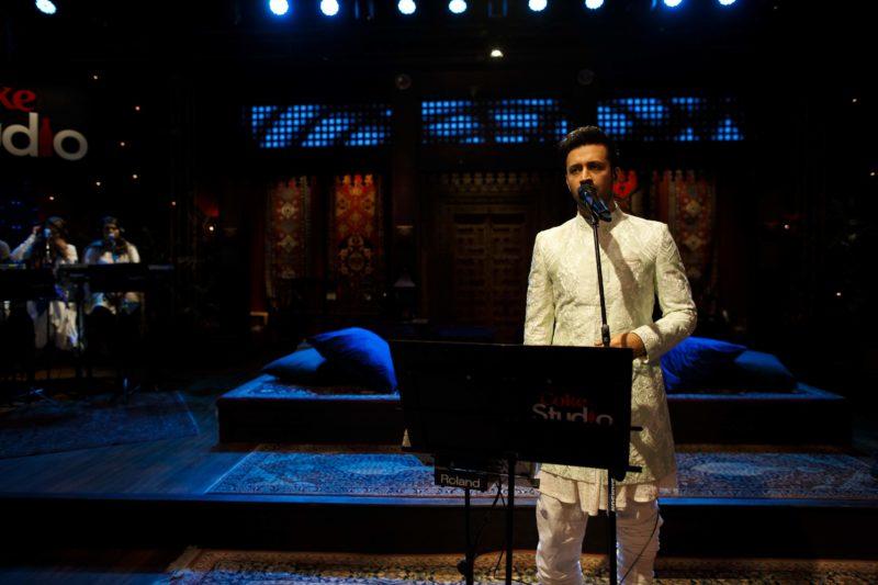 Wohi Khuda Hai featuring Atif Aslam - Coke Studio Season 12 [F] (18)